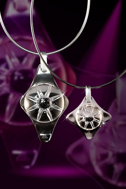 De Shield of Genesis bieden en zijn niet alleen doeltreffende beschermers, maar zijn daarnaast prachtige sieraden voor elke vrouw.